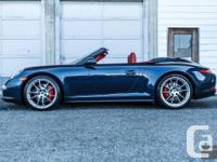 et - Dark Blue Metallic with Carrera Red Natural