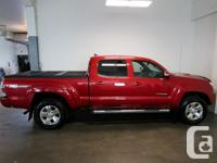 Make Toyota Model Tacoma Year 2015 Colour Red kms
