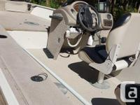 Evinrude 2002 engine, 40 hp (4 s), livewell, sonar,