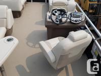 2015 Vectra 23 ft with mercury 60 hp 4 stroke big foot
