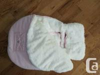 Princess pink car seat cuddle bag in excellent used