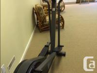 Pro Form 485E Elliptical workout machine. Like new!