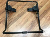 Car seat adapter in excellent condition. Works for Phil