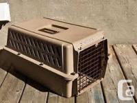Kennel Cab II Carrier Feline, Pet, Cage. Length ~ 23