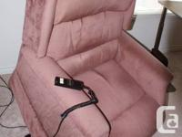 High quality electric lift chair with hand-held remote
