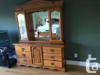 Queen size oak bed room suite for sale, comes with 2