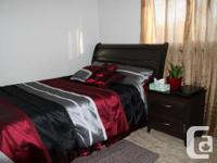 We have this elegant contemporary 5 piece queen bed