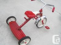 Radio Flyer Classic Red 10-inch Tricycle with Push