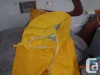 Helly Hansen Rain Coat size Large Yellow model P300 C/W
