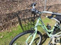 "Raleigh Venture, Step-Thru Hybrid women's bike, 24"","