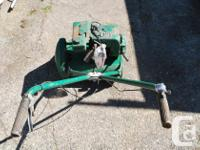 This reel lawn mower is solid. It has 6 blades with