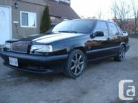 Selling my regularly driven R. Automatic. Loaded.