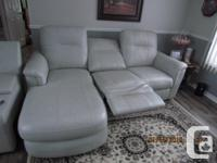 POWER DOUBLE RECLINER WITH CHAISE LOUNGE ( CUP HOLDER