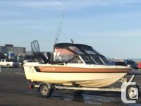 16ft versatile Starcraft for sale. Great for fishing on