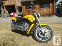 Make Harley Davidson Model V-Rod Year 2012 kms 6200