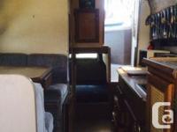 27' 1985 Bayliner 2750 1996 Evinrude 9.9 kicker and