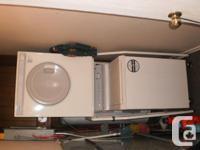 Hitachi DE-552 dryer, works well, vent at back to hose,