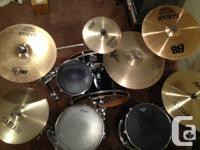 Hi, I'm an experienced drummer of 10 years, selling my
