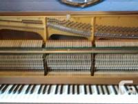 Yamaha model E202  (tough to find info online, most