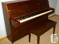 "Reduced - Moving - must sell! Yamaha M5J ""apartment"