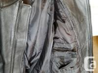 River Road Leather Motorcycle Jacket - size 48 - zip