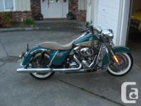 Make Harley Davidson kms 14500 2009 Road King Classic.