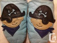 Great condition pirate Robeez slippers size 2-3 years
