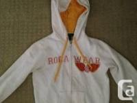 Rocawear Hoodie Zip Up Sweater size small. Fits