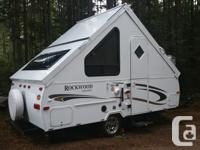 2011 Rockwood trailer in like new condition. Lightly