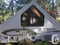 Like new condition Rockwood trailer. 2013 model that