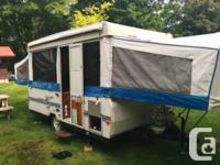 2003 Rockwood Premier 2307 12ft Tent trailer,. very