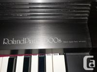 Roland 3500s electric piano for sale. Includes piano