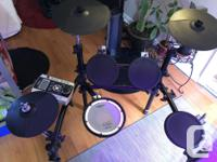 Roland TD9 Electronic Vdrums Comes with: Snare, Hi-hat,