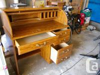 Lockable Roll Top desk Oak finish Clean and good