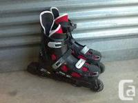 """Men's size """"9"""" lightly used Roller Blades Very good"""