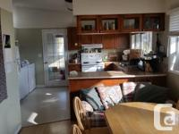 One room for sublet available May 1 with option to