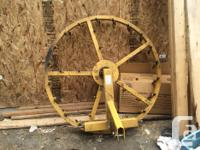 For a 3 point hitch. This is a rotating arena harrow,