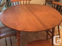 Dining Table wood veneer by Roxton . Perfect condition