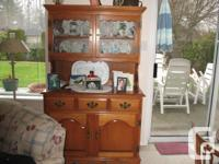 Beautiful and solid Roxton maple hutch; measures 41