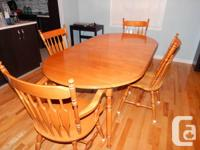 Splendid Roxton Walter of Wabash maple dining table.