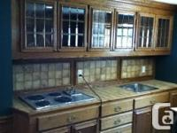 Real Royal Oak, Bar kitchenette, upper cabinets