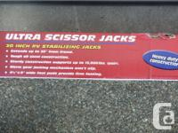 "ULTRA-FAB 30"" Scissor Jacks in NEW Condition Black"