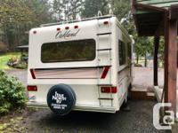 1992 Oakland 5th wheel. Cold weather model. Remodeled