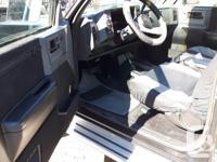 Make GMC Model Sierra Year 1989 Colour BLACK kms 1234