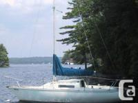 Has a swing keel which permits you to go in 2 ft of