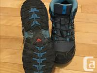 Grey/blue/black Salomon boots size 6 (EU38) with