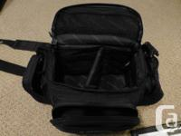 Small Samsonite video camera bag clean, almost new,