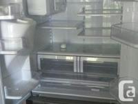 4 year old Samsung fridge, excellent shape but not