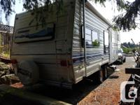 1993 28 foot Sandpiper by Cobra fifth wheel. Roof and