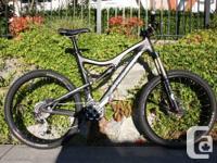2011 Santa Cruz blur LT carbon. Large frame. SPX XT